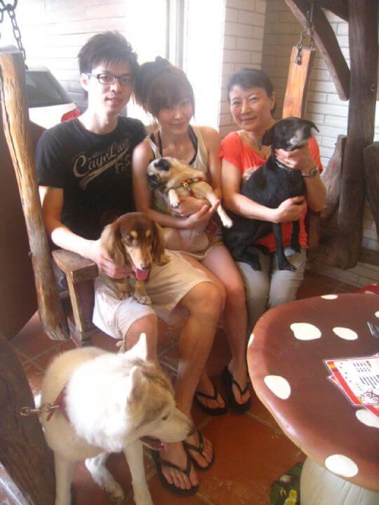 2011.9.9劉小姐3人+2狗入住通鋪 相片來源:墾丁寵物民宿.哈CHEESE