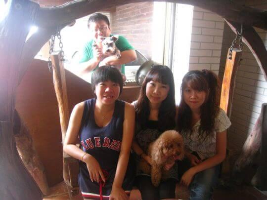 2011.9.22蘇先生4人+1狗入住船屋和樹屋 相片來源:墾丁寵物民宿.哈CHEESE