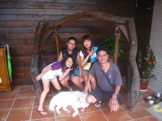 2010.7.28~29陳小姐四人入住船屋、蛋屋和通鋪 相片來源:墾丁寵物民宿.哈CHEESE