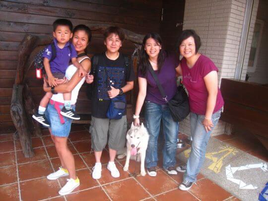 2010.8.6~7柯小姐5人入住船屋、蛋屋和通鋪 相片來源:墾丁寵物民宿.哈CHEESE