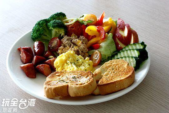 早餐&咖啡 相片來源:墾丁竹安莊景觀民宿
