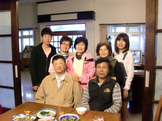 蔡明松醫師來宜蘭旅遊照 相片來源:宜蘭花鹿米民宿