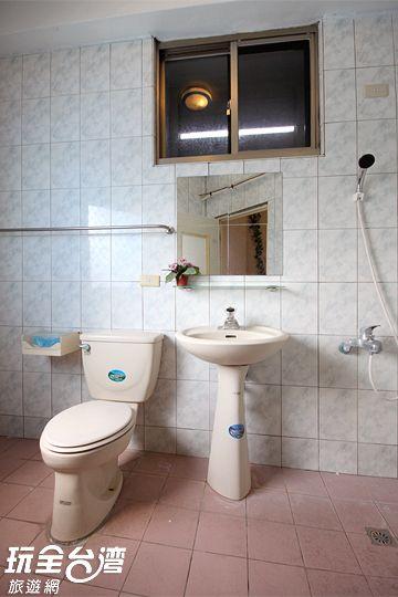 獨立衛浴 相片來源:綠島小鎮民宿