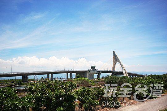 大鵬灣跨海大橋
