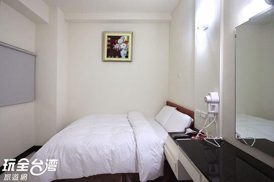 雙人房型(一大床)