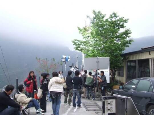 三棧坪製茶廠1樓的拍攝現場 相片來源:竹山天梯山林瓦舍民宿