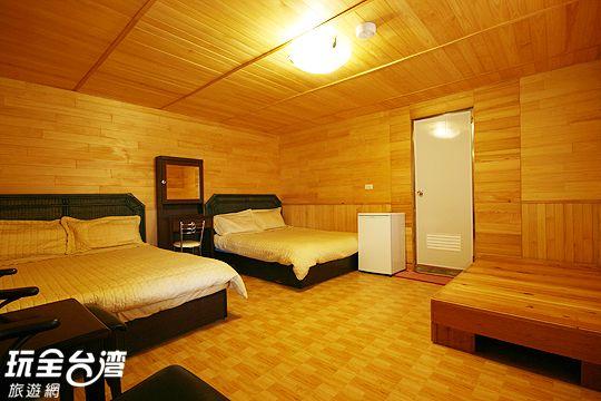 A101原木四人套房