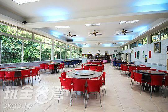 設施-餐廳