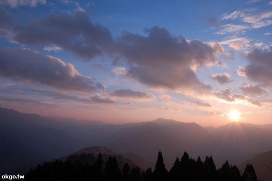 對,這就是我們要的寧靜 相片來源:拉拉山民宿‧桃花源農莊