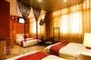 夜上海六人房