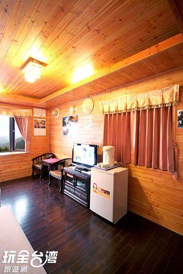 四人景觀木屋