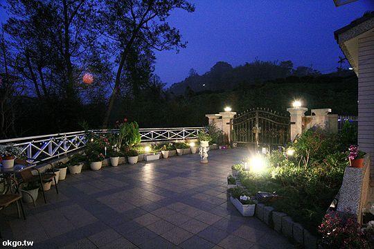 瑞里麗景園區夜景
