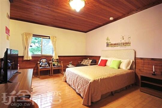 原木屋雙人房