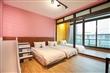 302紫色滑梯三人房