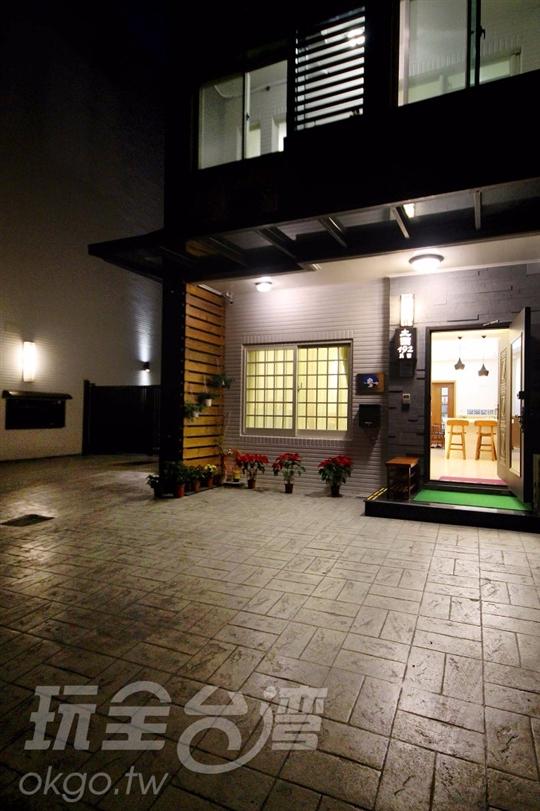 外觀夜景 相片來源:宜蘭電梯 ‧土圍192民宿