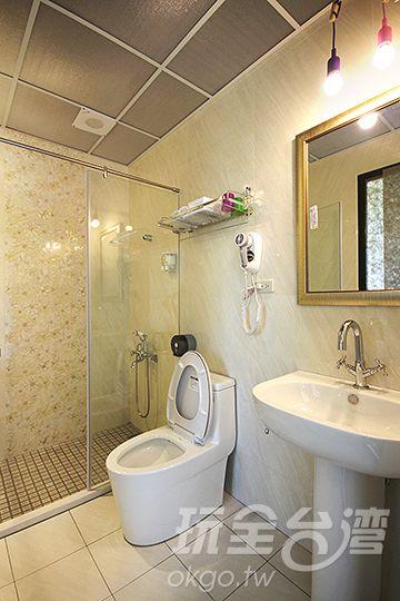 303房衛浴