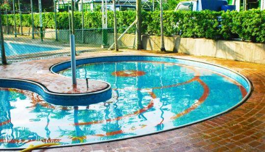 未滿12歲兒童需家長陪同才可使用兒童戲水池