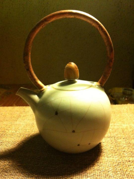 章格銘老師汝釉黑斑茶壺