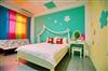 可愛風-彩色屋雙人房(經濟房-位於4樓)