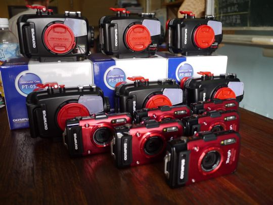 提共每人一台相機使用 可盡情的拍照 還會將照片通通 送給你