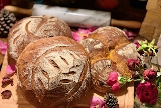 我們有麵包烘焙、西點食品、中餐、西餐丙級證照 & 烘焙食品西點與麵包乙級證照(中華民國最高級)