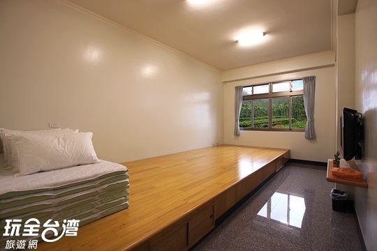 二樓和室6人房(201、203)