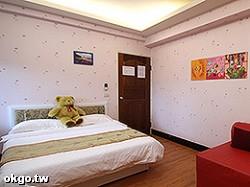06--2F夢幻樓海豚星空雙人房