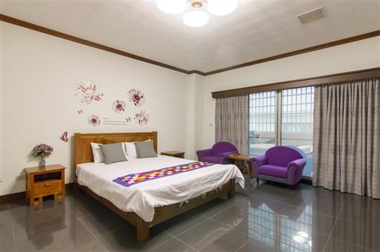 B-紫色浪漫雙人房
