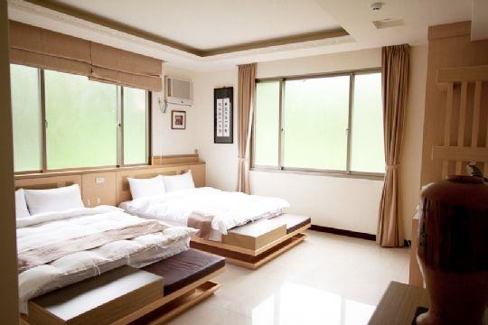 C2【兩大床】四人房