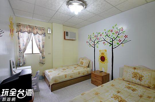 202-熊熊森林雙人房(2單床)