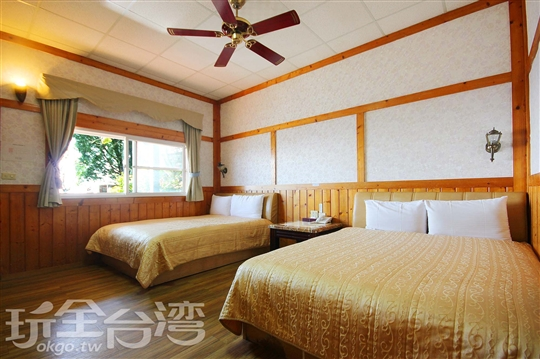 C區-歐式木屋四人房