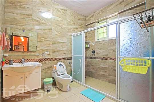 2樓‧衛浴