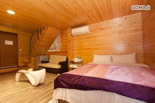12人獨棟木屋房.;(PS:這不是算包棟.是單訂獨棟房間喔.包棟人數40-60位喔.