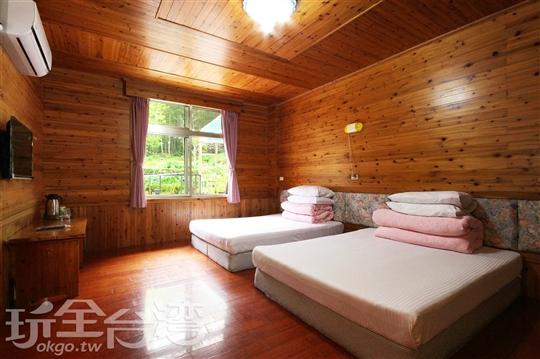 家庭四人套房(113)含冷暖氣附車位