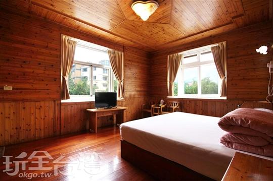 蜜月雙人景觀套房(212)含冷暖氣附車位