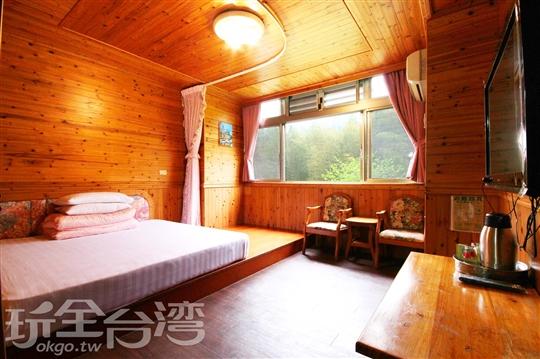 蜜月雙人景觀套房(315)含冷暖氣附車位