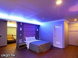 【NEW~*全新裝潢‧和風四人套房】坪數約25坪