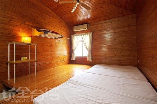 4.露營式住宿-四人房