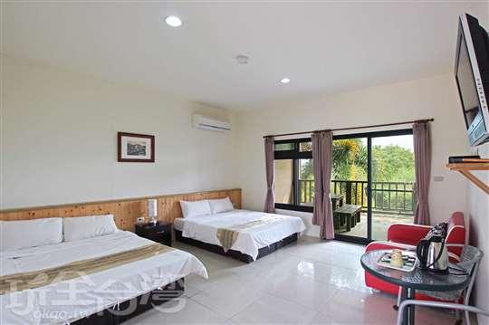 景觀4人套房(兩張標準雙人床)