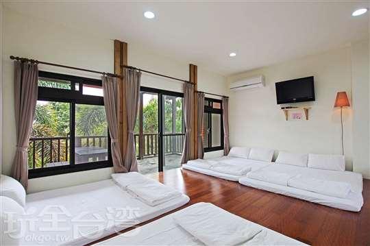 景觀和室套房(四張標準尺寸雙人床)