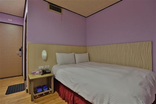 8.舒適雙人房