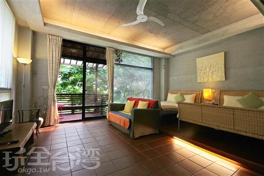 花顏2-4人房(12坪大露台雙床套房)