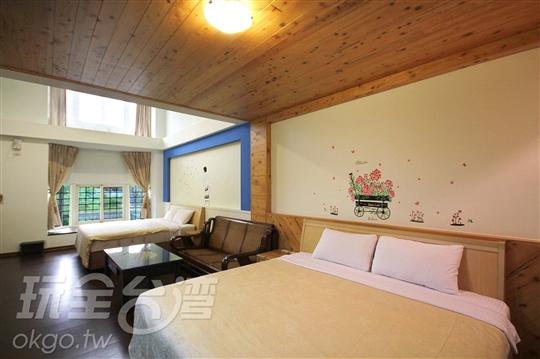 A7檜木樓中樓8人房(坪數:15坪)