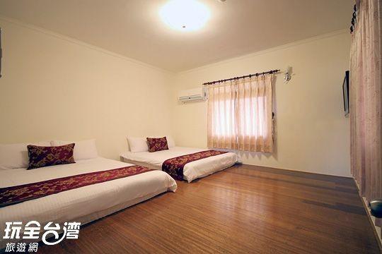 203 四人套房 附A棟客廳 (Family suite)