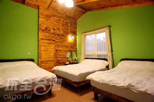 01.綠樹林六人房