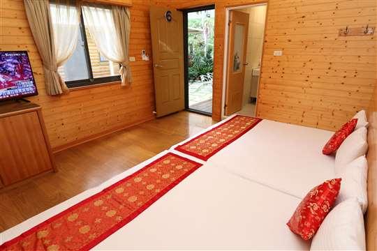 3花開富貴和式木屋五人套房