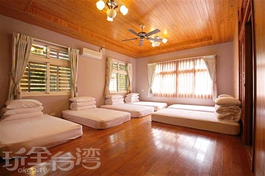 檜木和室六人房