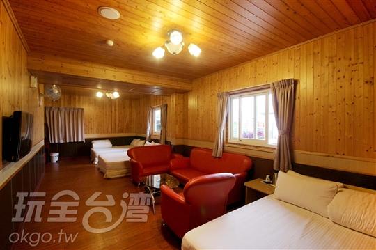 木屋溫馨六人房