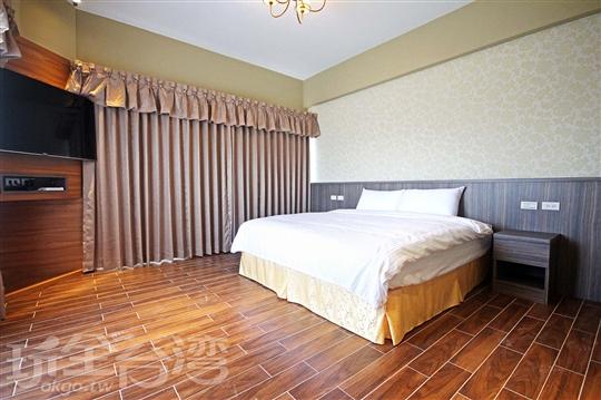 洋樓大床房201