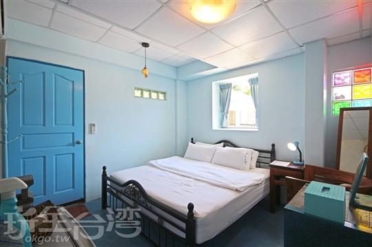 3.藍海洋雙人加大床套房